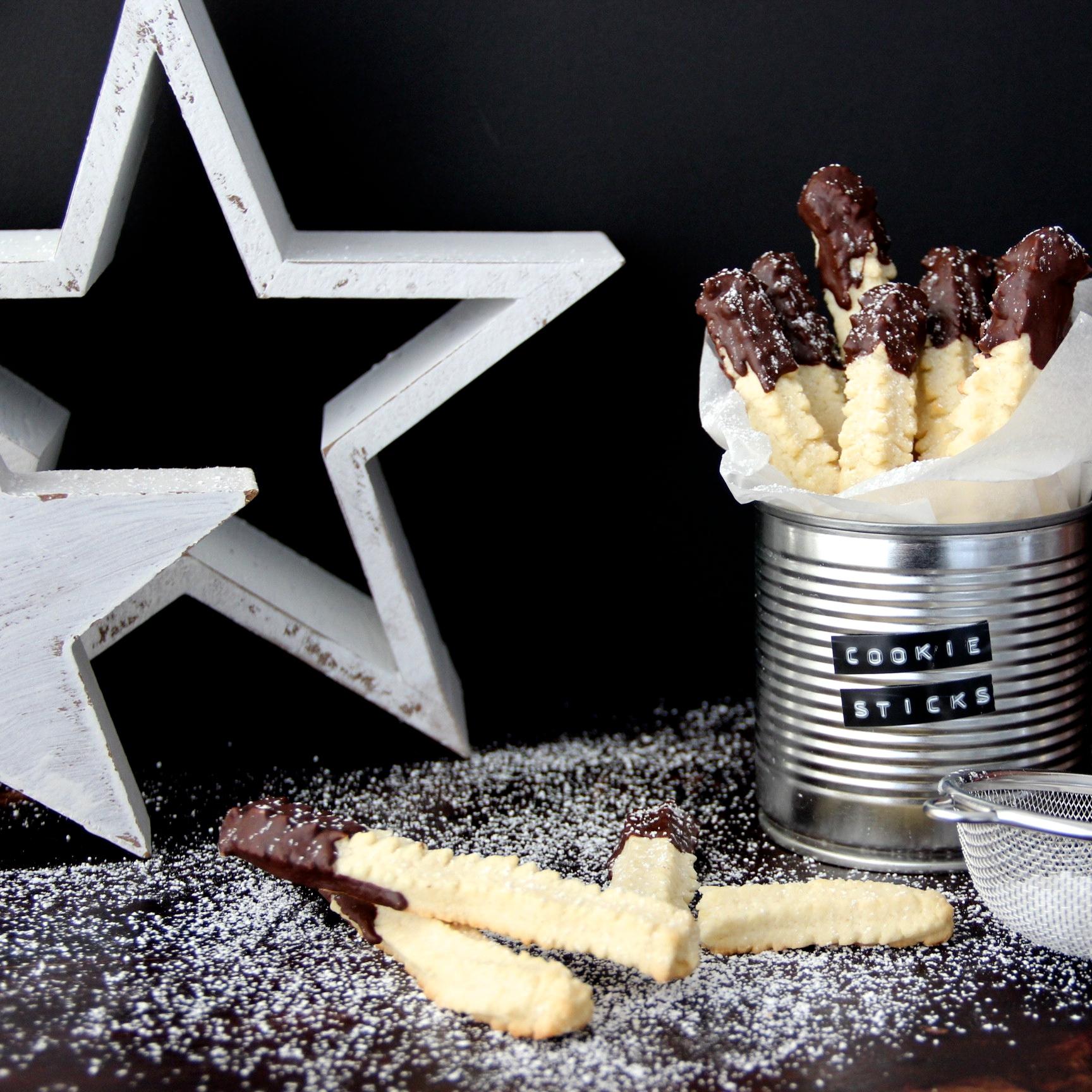 Spritzgebäck einfaches Cookie Sticks Rezept Weihnachten backen Plätzchen