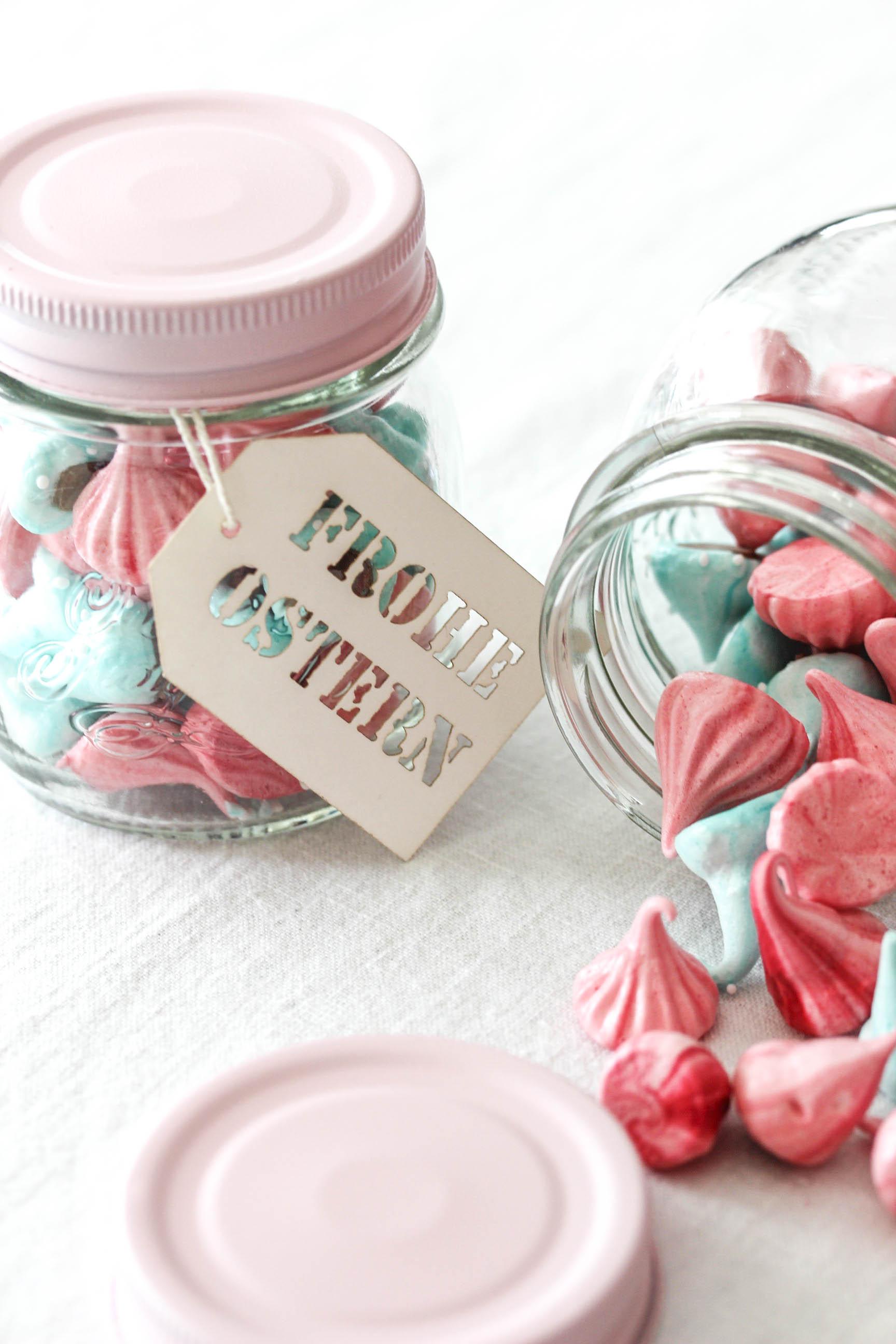 Rezept & DIY: Meringue im Glas zu Ostern selber machen verschenken Geschenke backen Ostern #ostern #cupcakes #mini #vanille #easter | Emma´s Lieblingsstücke