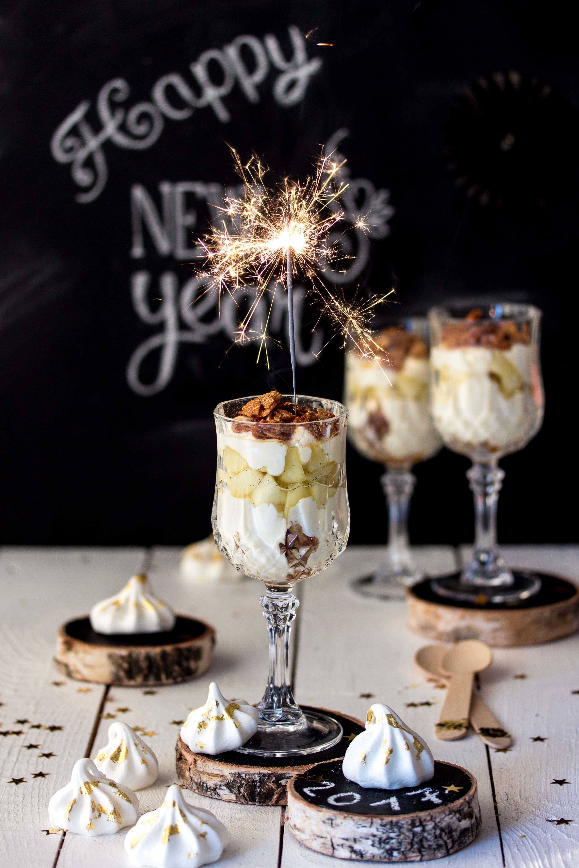 Silvester Dessert: Apfel-Bienenstich im Glas Rezept einfach lecker