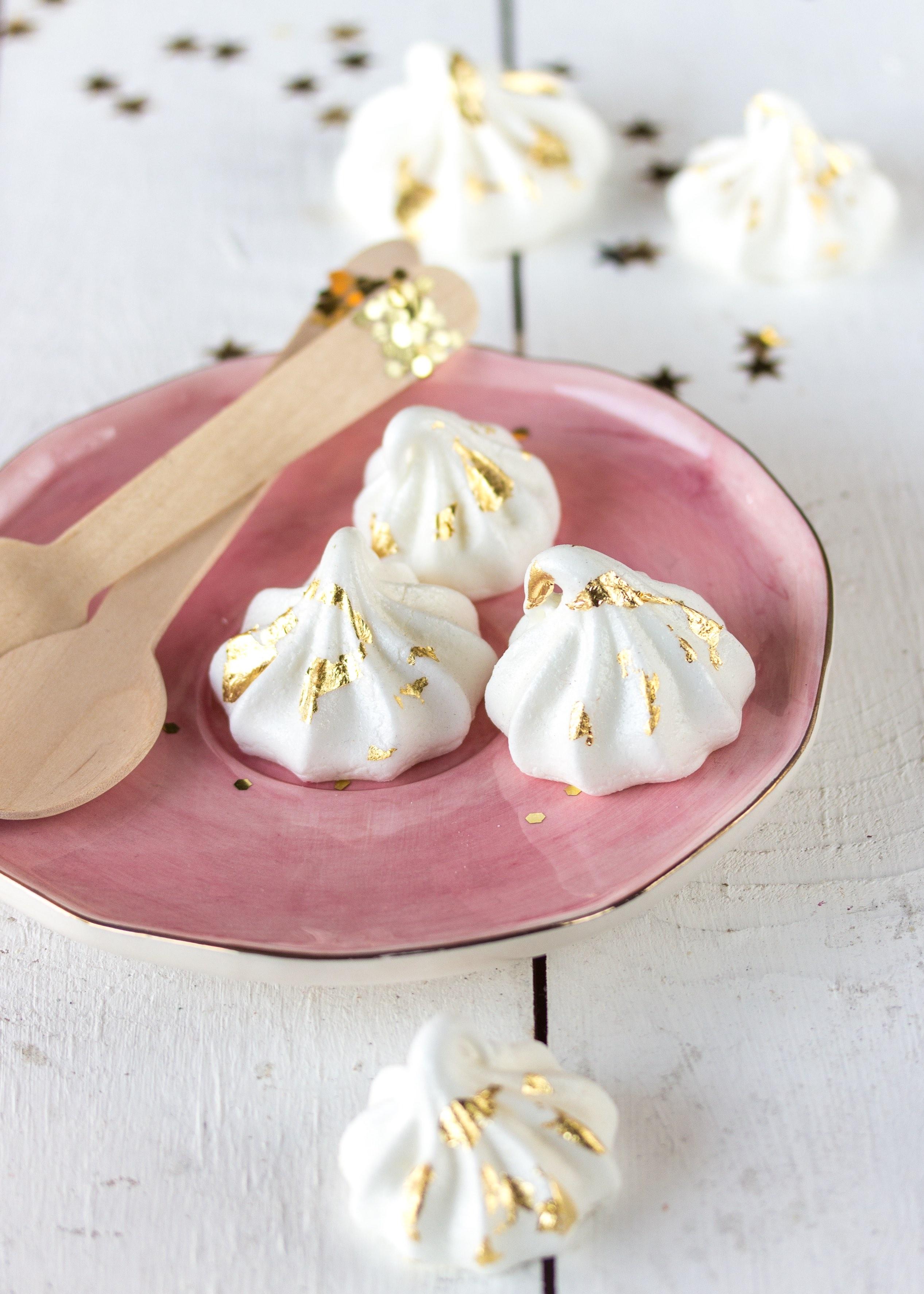 Silvester Dessert: Apfel Bienenstich im Glas Rezept einfach lecker Baiser