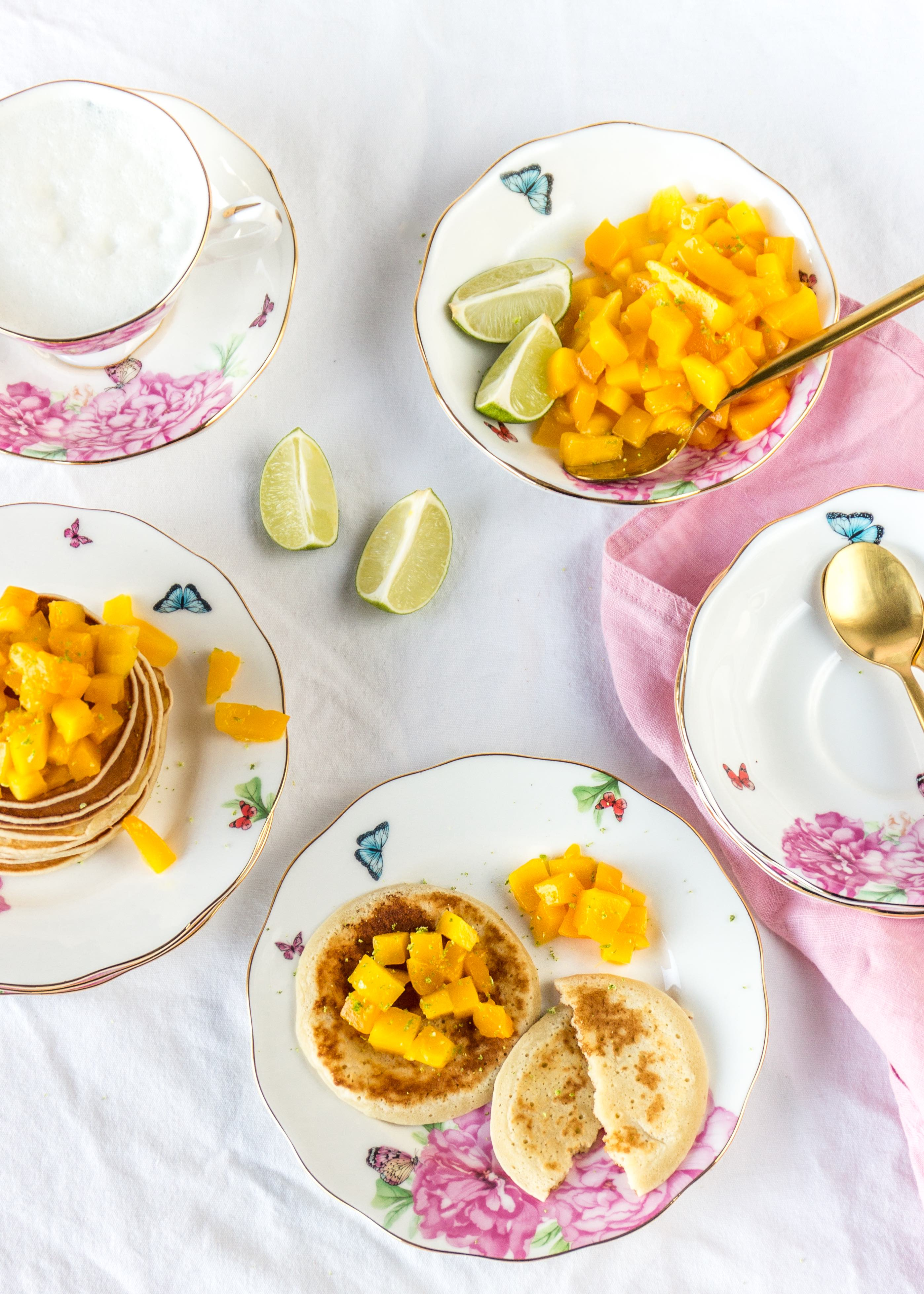 Pancakes mit Mangowürfel