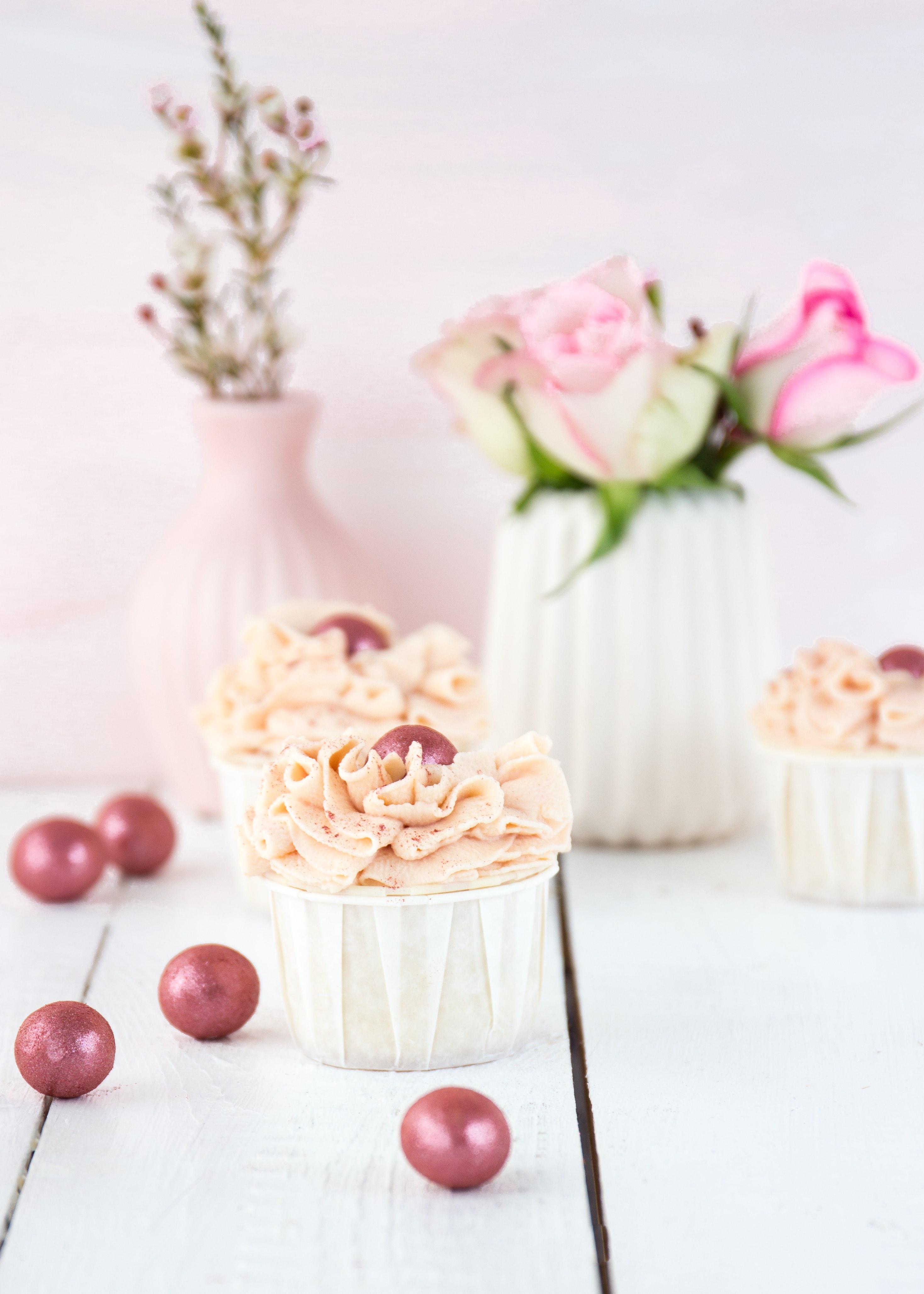 Apfel-Himbeer-Cupcakes