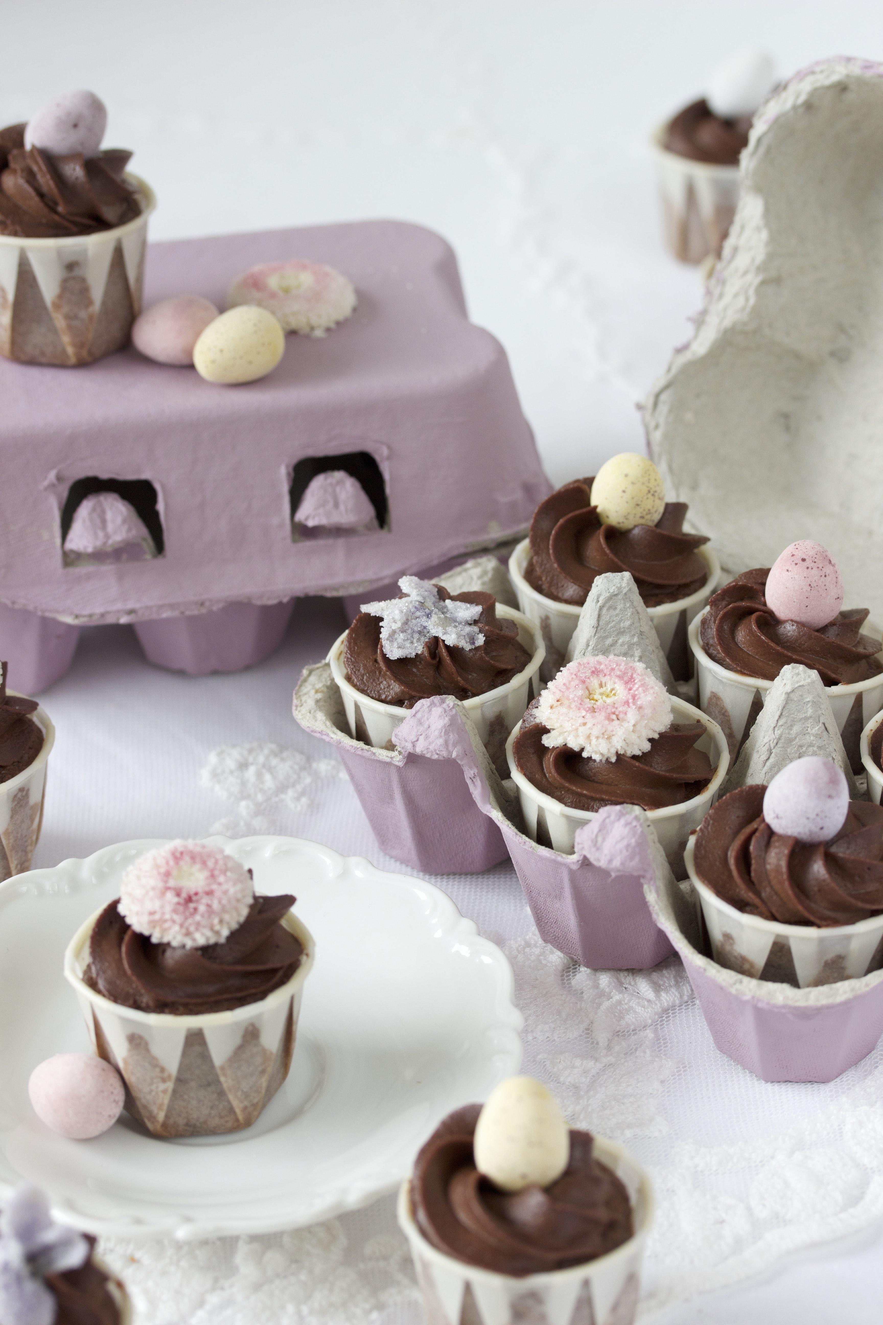 Rezept für Ostern: Schokoladen Mini Cupcakes zum Verschenken Ostercupcakes backen #cupcakes #ostern #backen Geschenke aus der Küche  #easter | Emma´s Lieblingsstücke