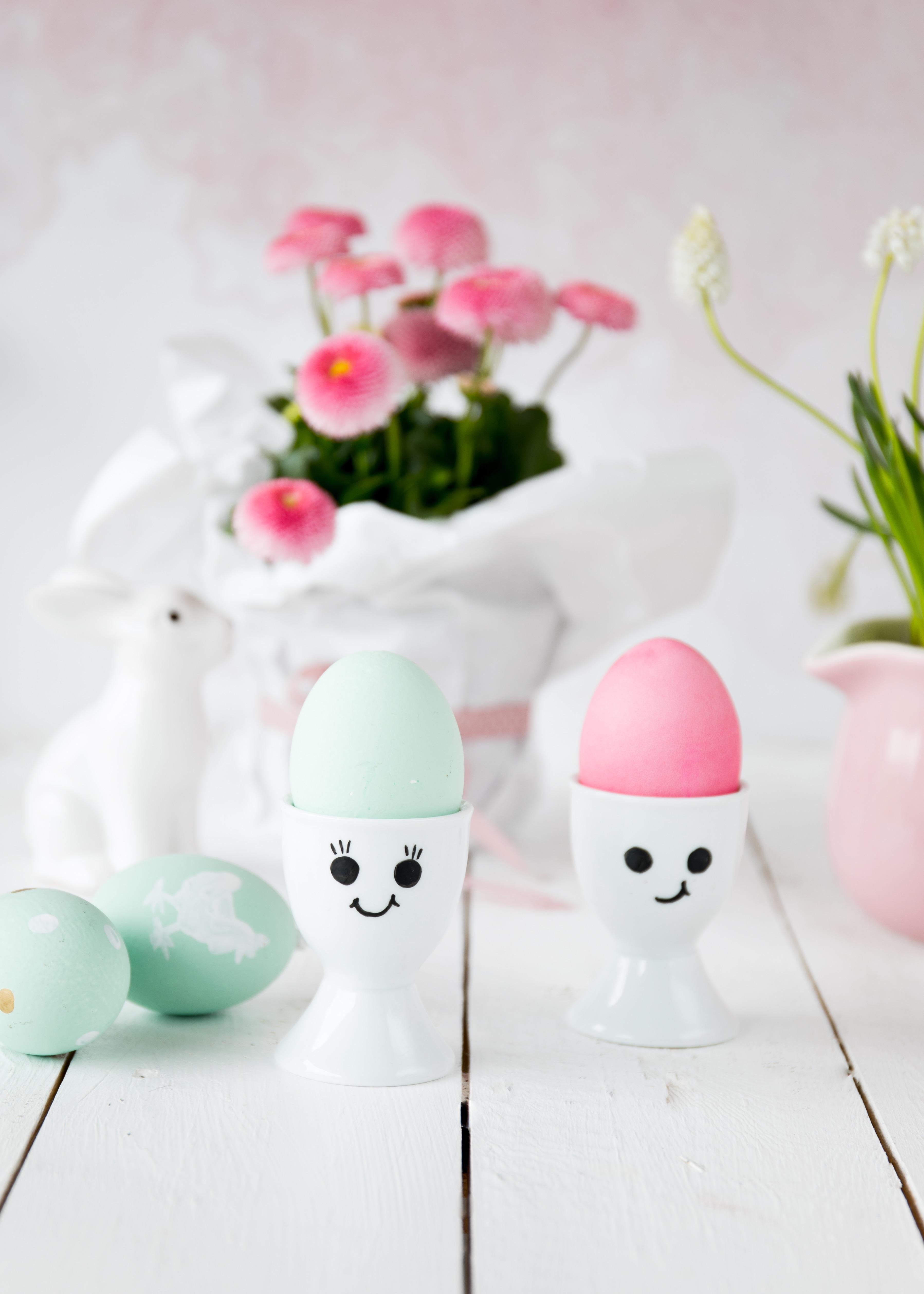 DIY: Eierbecher zu Ostern dekorieren bemalen #eierbecher #ostern #easter | Emma´s Lieblingsstücke