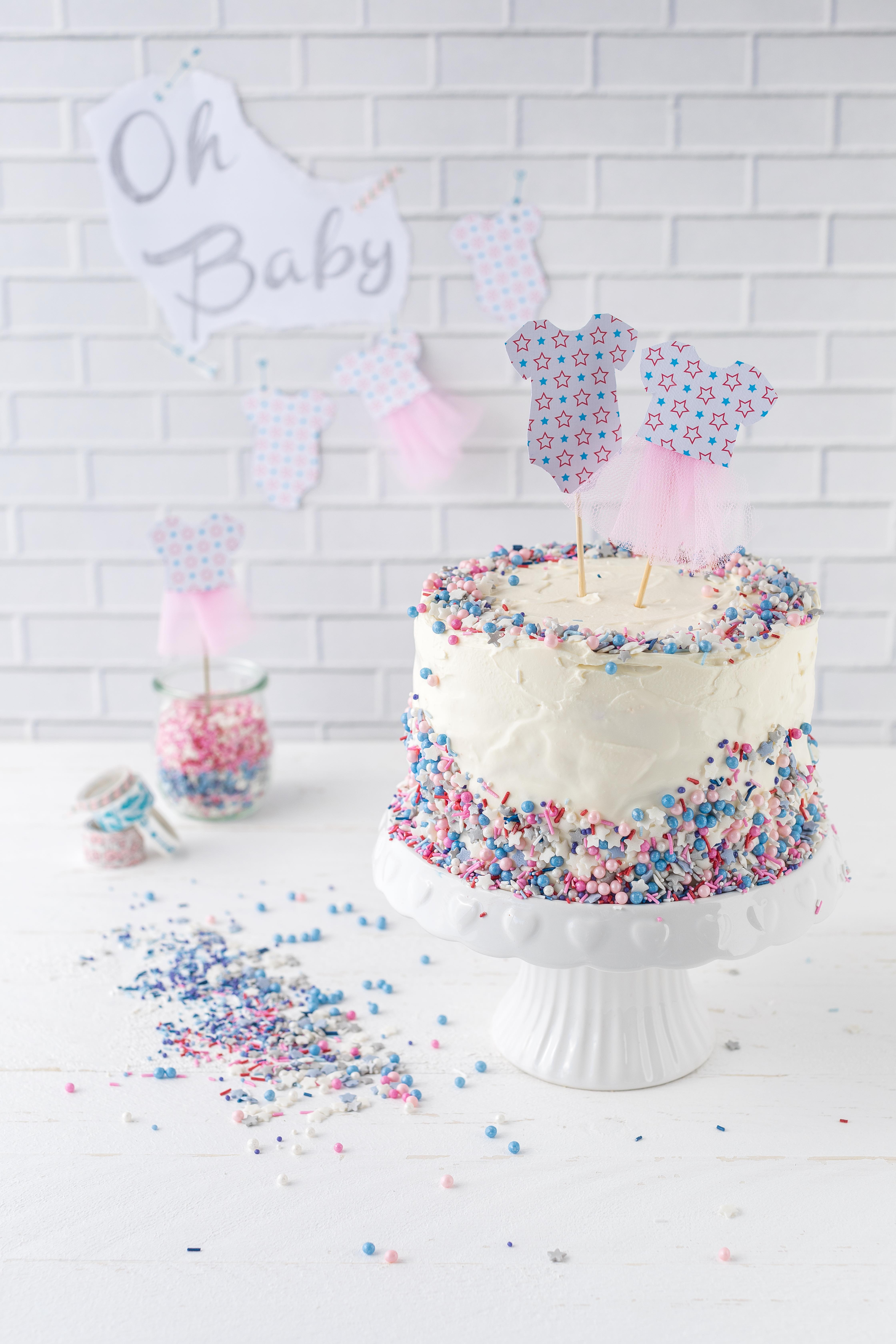 Werbung - Gender Reveal Cake Rezept Babyparty Babyshower Torte #babyshower #babyparty #genderreveal #torte #cake #backen | Emma´s Lieblingsstücke