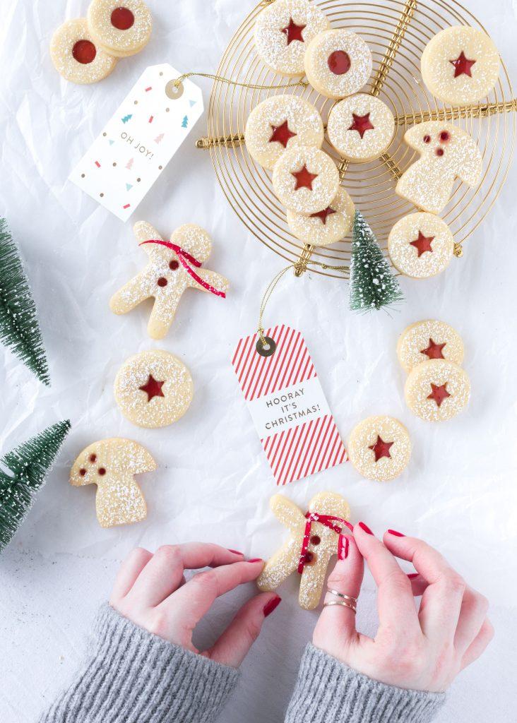 Rezept Lieblingsplätzchen Spitzbuben Linzer mit Marmelade backen Weihnachten Advent Kekse Cookies Christmas #christmas #weihnachten #plätzchen #christmas #cookies Emma´s Lieblingsstücke