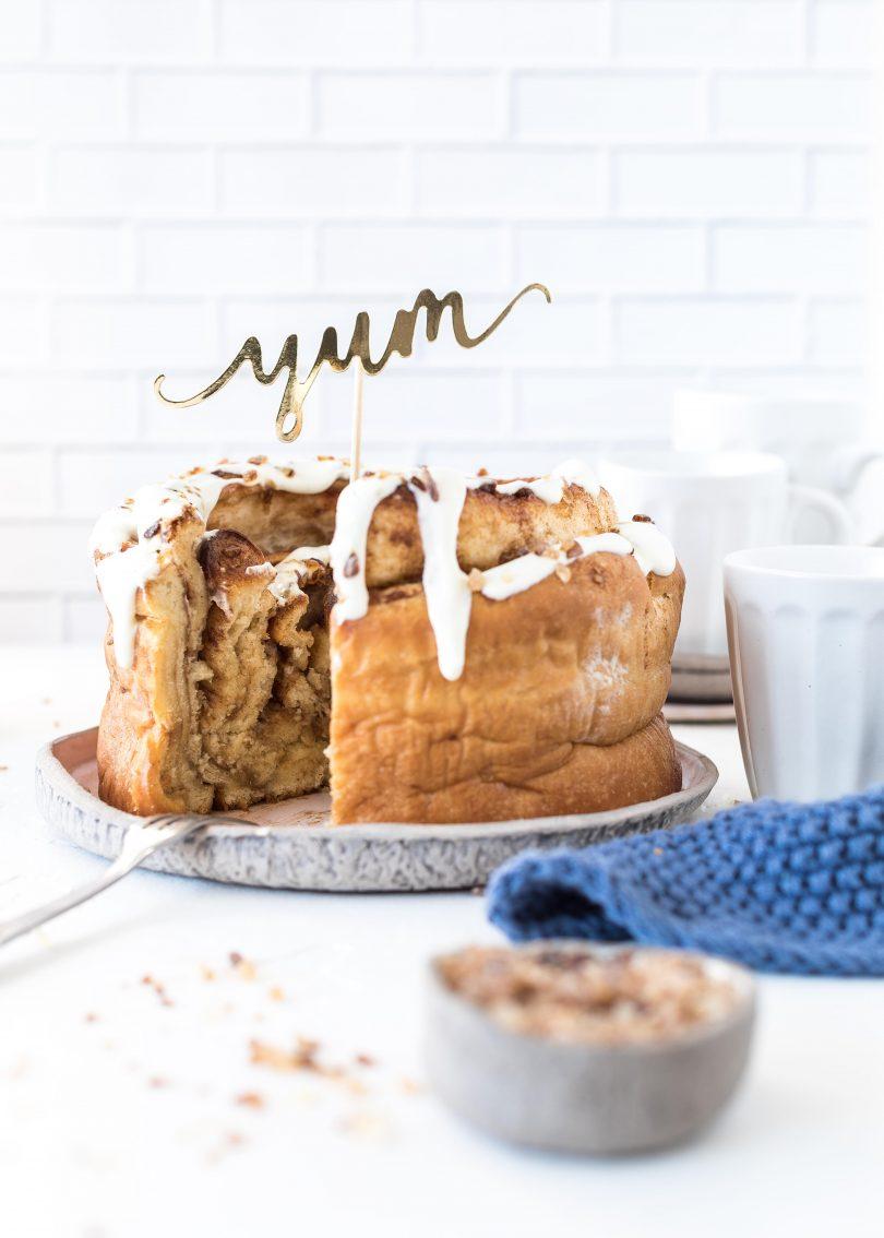 (Werbung) XXL Zimtschnecke Rezept mit Kandis backen Zimt Hefe Soulfood Riesen Zimtschnecke Hefeschnecke Hefeteig Cinnamon roll #cinnamon #zimt #zimtschnecke #cake | Emma´s Lieblingsstücke