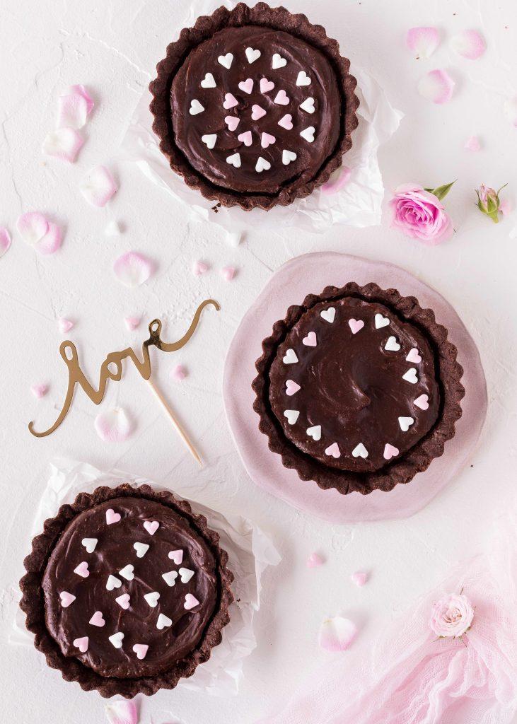 Schokoladen Tartelette Rezept zum Valentinstag Valentine´s Day backen #tartelette #schokolade #valentinstag #herz | Emma´s Lieblingsstücke