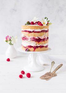 Rhabarber Himbeer Torte Rezept Frühling backen Naked Cake #Torte #cake #rhubarb | Emma´s Lieblingsstücke