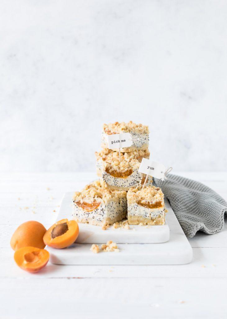 Blechkuchen Rezepte Kuchen Backen Sheetcake Cake Käsekuchen Aprikosen Mohn #mohn #blechkuchen #kuchen #backen | Emma´s Lieblingsstücke