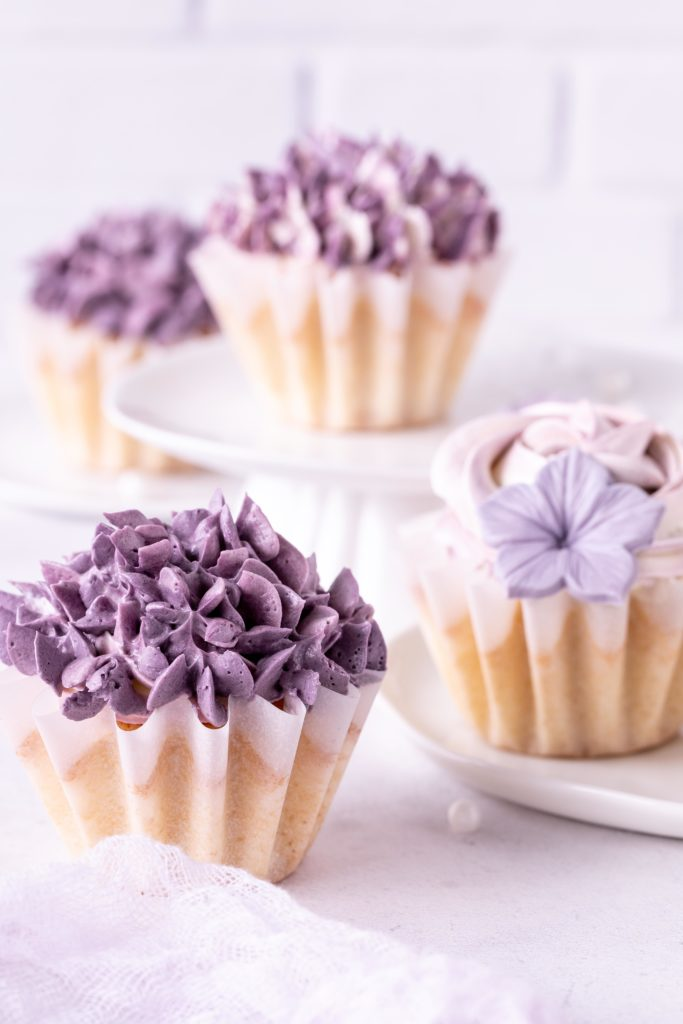 Rezept Blumen Cupcakes Hortensien Swiss Meringue Buttercreme Piping