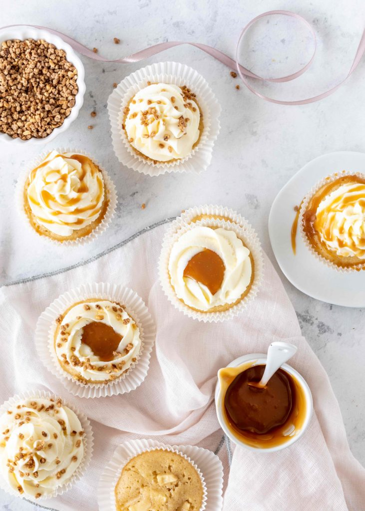 Einfaches Rezept für Apfel-Karamell-Cupcakes