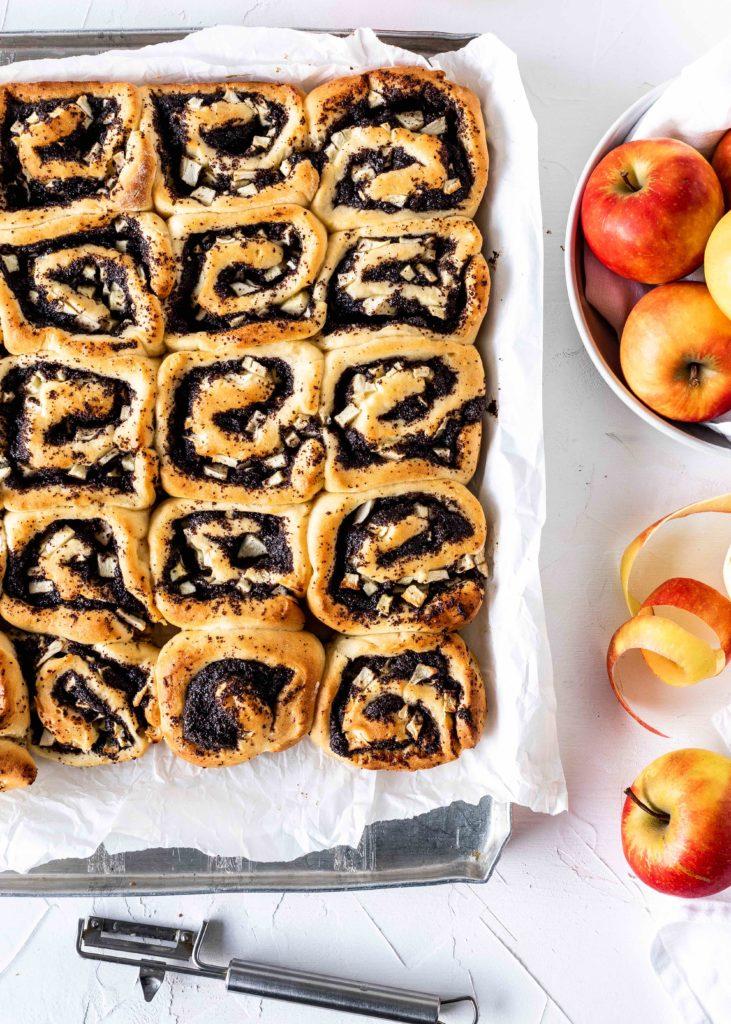 Apfel Mohn Schnecken Rezept einfach lecker Hefe Hefeteig Soulfood Hefeschnecken