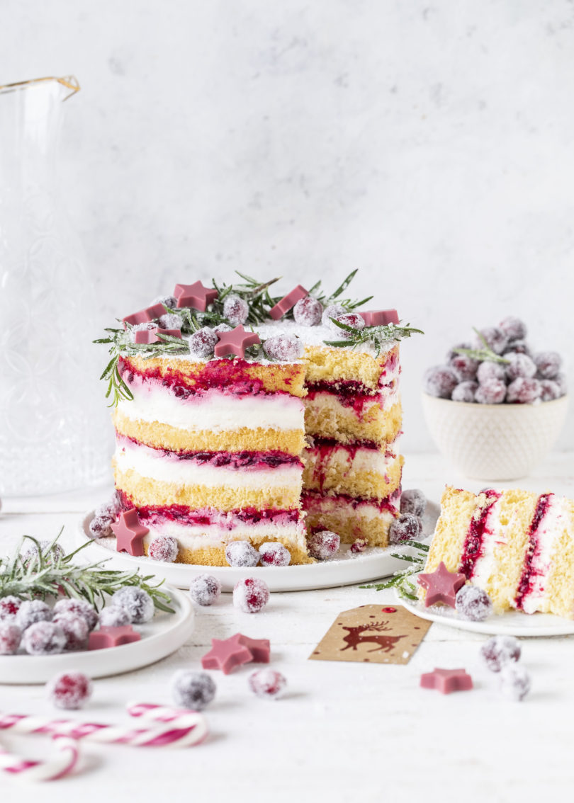 Leckere Cranberry Biskuit Torte Rezept Layer Cake #torte #cranberry #backen #layercake #weihnachten #christmas