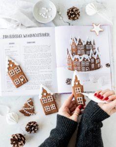 Rezept für Lebkuchen Dorf einfach backen Royal Icing Gingerbread Lebkuchenhaus Backen #gingerbread #christmas #torte