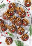 Reindeer Cookies Rezept Rentiere einfach backen Weihnachten lecker #christmascookies #cookies #christmas #reindeer #rentierkekse #cupcakes #popsicles