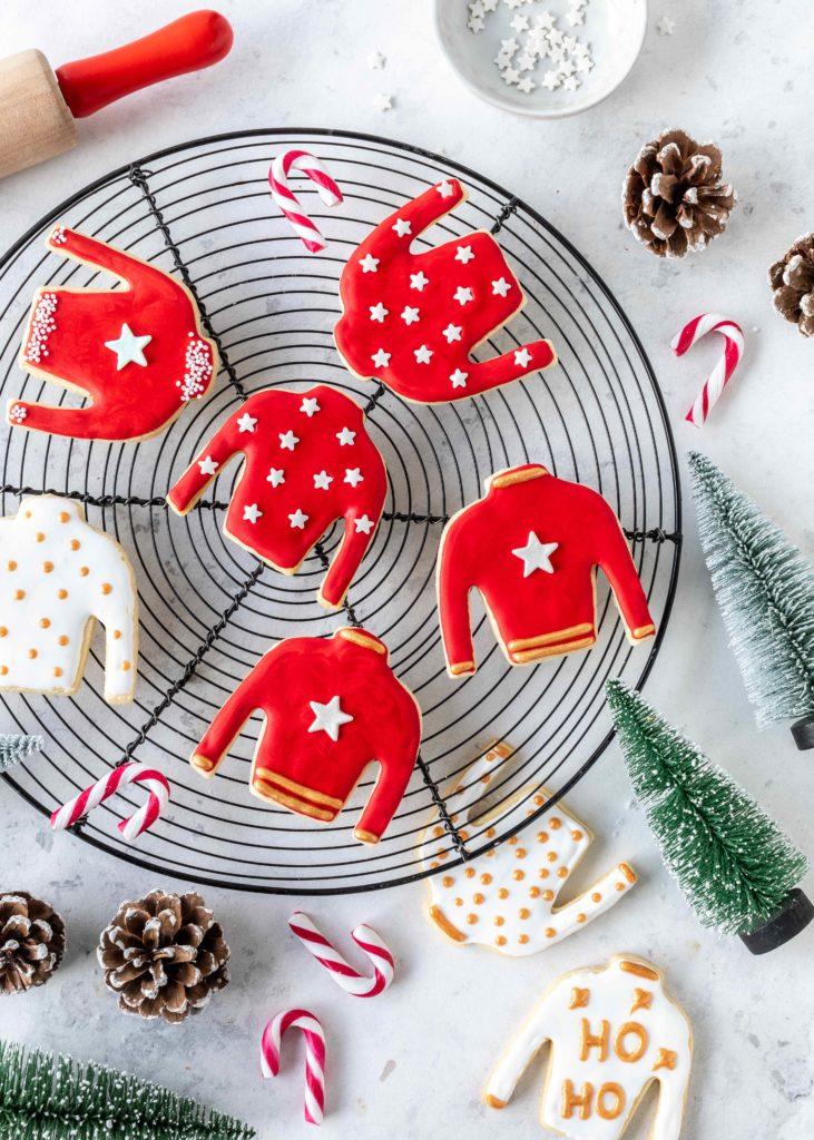 (Werbung) Ugly Christmas Sweater Kekse Rezept Backen Weihnachten Plätzchen Royal Icing