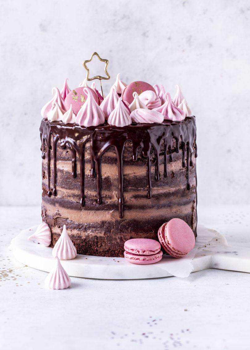 Nutella Naked Drip Cake Rezept Torte Schokolade Geburtstagstorte backen Baiser Meringue Birthdaycake chocolate #dripcake #nutella #backen #geburtstag #torte #cake | Emma´s Lieblingsstücke