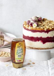 Werbung - Himbeer Honig Torten Rezept á la Bienenstich backen Ostern Osterbrunch Vanillepudding #langnesehonig, #osterbrunch #honig #ostern #backen #bienenstich #cake #torte | Emma´s Lieblingsstücke